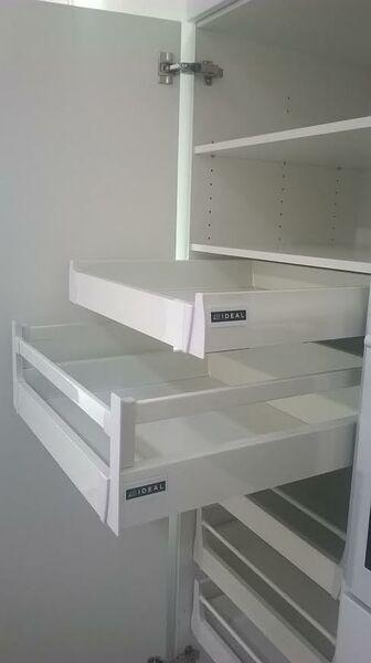 Voiko vain pelkät vetolaatikot uusia, kun kaapisto muuten ok?